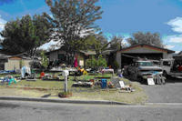 0209661Garage-Yard-Sales